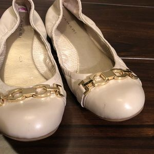 Tahari Shoes - Cream ballet flats.